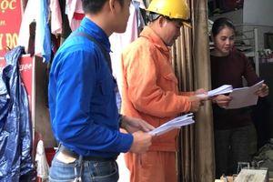 Tuổi trẻ EVN HANOI tuyên truyền tiết kiệm điện