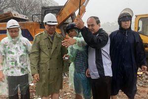 Chủ tịch Đà Nẵng kêu gọi người dân dọn rác sau mưa lũ lịch sử