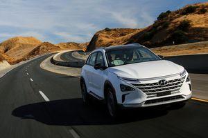 Soi SUV Hyundai Nexo chạy bằng khí hydro giá từ 1,4 tỷ