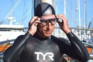 Sốc: Người đàn ông vượt Thái Bình Dương, một mình bơi từ Nhật Bản đến Hawai