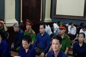 Xét xử vụ án Ngân hàng Đông Á: Đại diện Ngân hàng xin giảm nhẹ hình phạt cho các bị cáo