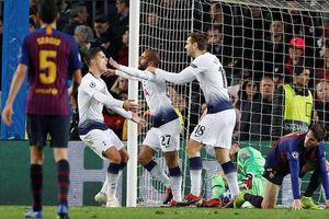 Tottenham cầm chân Barca, giành vé ngoạn mục phút chót
