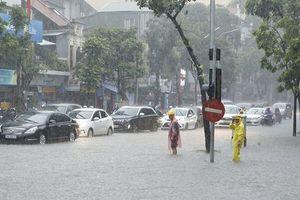 Bộ GTVT ra công điện khẩn khắc phục mưa lũ tại miền Trung
