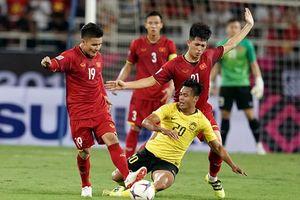 Cầu thủ Malaysia vào bóng kiểu 'triệt hạ' cầu thủ ĐT Việt Nam