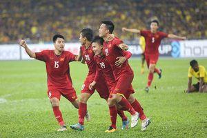 Báo chí Malaysia: 'Bóng đá Việt Nam đứng trước tương lai sáng lạn'