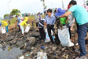 Đà Nẵng: Phát động phong trào 'Chống rác thải nhựa' trên toàn thành phố