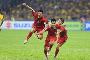 Khoảnh khắc đẹp nhất trận Việt Nam - Malaysia dù chỉ vừa hết hiệp 1