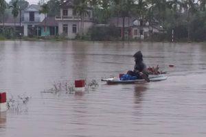 Mưa lũ tiếp tục bủa vây người dân Thừa Thiên Huế