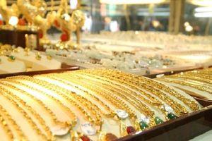 Chủ tiệm kim hoàn ở An Giang báo bị cướp 21 cây vàng