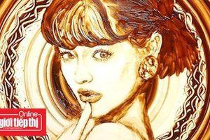 Nghệ sĩ Nhật tài năng vẽ tranh bằng sô cô la tan chảy