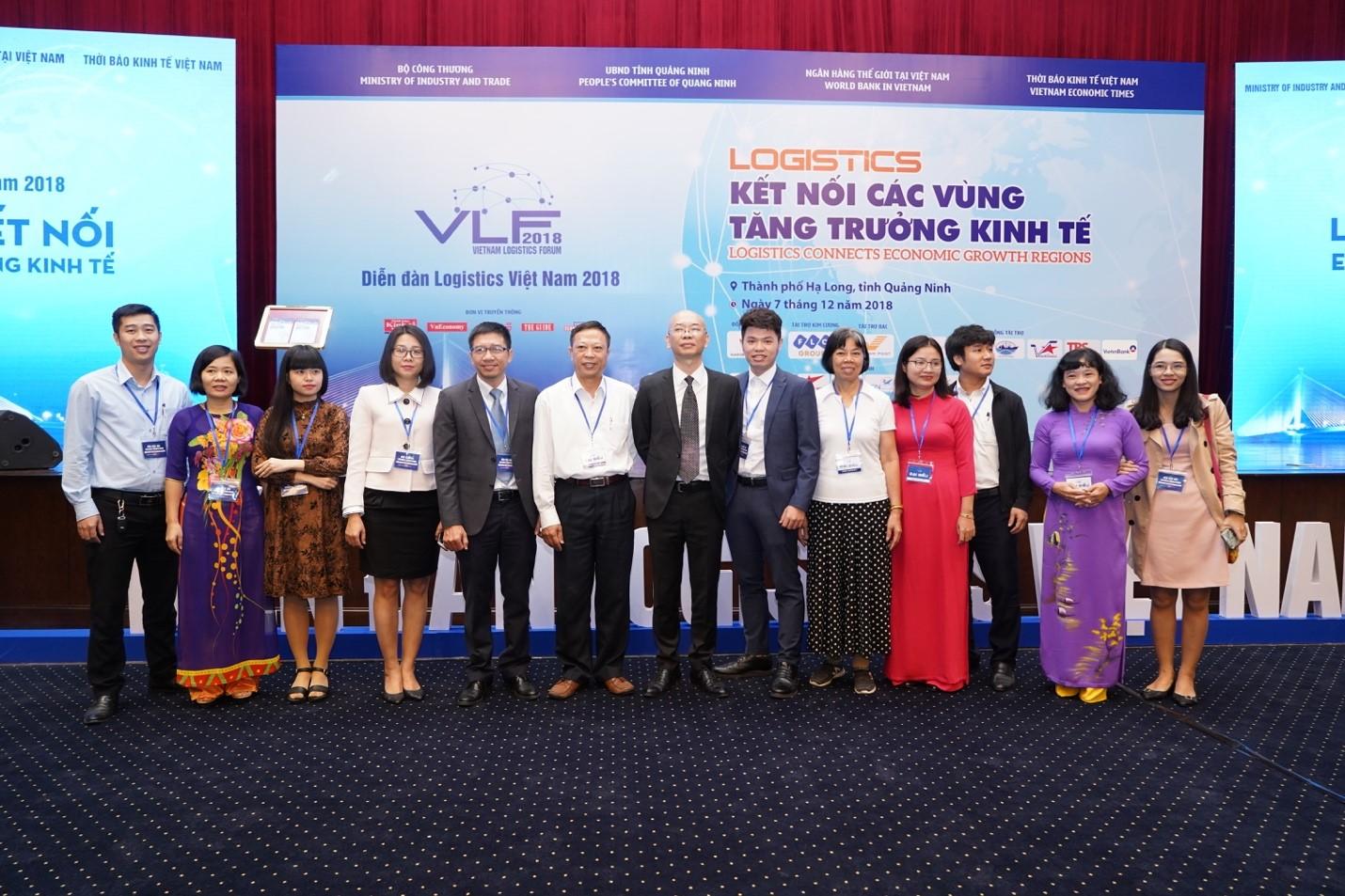 Trường ĐH Giao thông vận tải TP.HCM: Nhận Bằng khen của Bộ Công thương về phát triển ngành dịch vụ Logistics Việt Nam giai đoạn 2017 - 2018