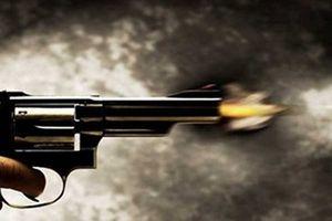 Nổ súng ở quán nhậu, 3 người bị thương