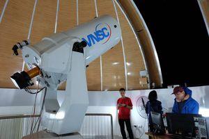 Quan sát vũ trụ từ Đài thiên văn lớn nhất miền Bắc