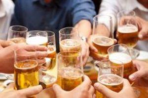 Gần 45% nam giới uống rượu bia ở mức nguy hại
