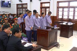 Nhận hối lộ vụ buôn lậu 5.000 m3 xăng dầu, đại tá quân đội lãnh án