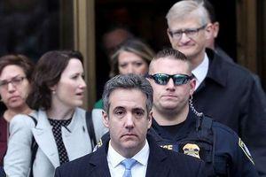 'Trung thành mù quáng', cựu luật sư riêng của ông Trump lĩnh 3 năm tù