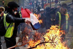 Có bàn tay Nga trong 'khủng hoảng Áo vàng' ở Pháp?