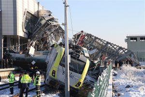 Tàu cao tốc Thổ Nhĩ Kỳ đâm vào cầu, ít nhất 7 người thiệt mạng