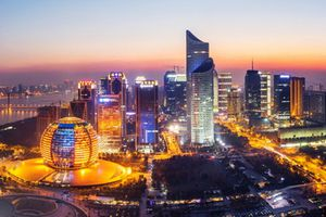 Trung Quốc tăng thuế, giới nhà giàu chạy đua giấu tài sản ở nước ngoài