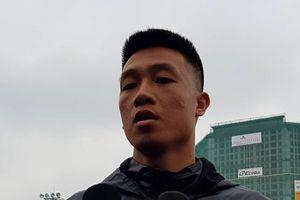 Tiền vệ Huy Hùng nói về cú sút tung lưới Malaysia và sự chuẩn bị cho trận đấu trên sân Mỹ Đình