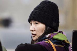Sau khi tại ngoại, nữ CFO Huawei 'mở tiệc pizza' mời phóng viên