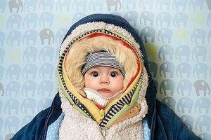 Những sai lầm của cha mẹ khiến con mắc bệnh 'oan' vào mùa đông