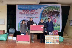 Hàng nghìn chiếc áo ấm đến với trò nghèo vùng cao Điện Biên