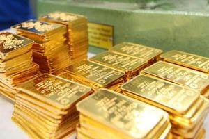 Giá vàng trong nước tăng, ngược chiều xu hướng thế giới