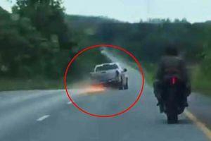 Video cảnh sát rượt tội phạm bằng mô tô như phim hành động Hollywood