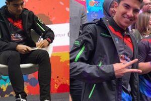 Bộ trưởng Malaysia tự tin đánh bại ĐTVN gây 'bão' vì đi giày 1.000 USD