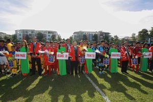 Tưng bừng ngày hội bóng đá 'nhí' Việt - Nhật