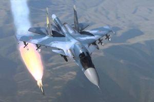 Nga tiếp nhận hàng trăm chiến đấu cơ mới