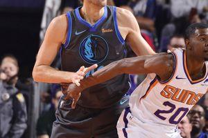 Dallas Mavericks 'ngã ngựa' trước Phoenix Suns trong ngày Dirk Nowitzki trở lại