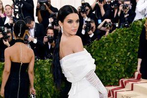Kendall Jenner đứng đầu BXH những siêu mẫu có thu nhập cao nhất thế giới năm 2018