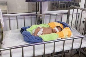 Nghệ An: Bé gái 3 ngày tuổi bị bỏ rơi dưới trời rét tê tái