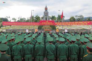 Đón nhận, an táng 30 hài cốt liệt sỹ quân tình nguyện VN hy sinh tại Lào