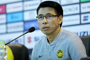 HLV Tan Cheng-hoe chúc mừng chức vô địch AFF Cup của tuyển Việt Nam