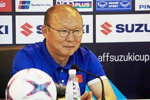 HLV Park Hang-seo nói gì sau khi cùng ĐT Việt Nam vô địch AFF Cup?