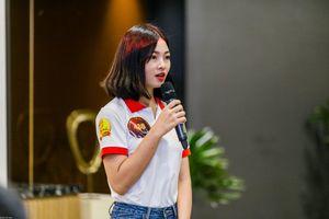 Thí sinh Hoa khôi sinh viên Việt Nam tranh tài hùng biện tiếng Anh