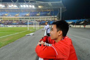 Đức Huy kể chuyện cậu bé nhặt bóng năm 2008 thành nhà vô địch AFF Cup