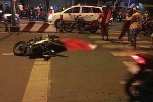 Ngã ra đường lúc đi 'bão', nam thanh niên chết thảm dưới bánh xe bồn