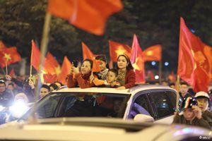 ĐT Việt Nam vô địch AFF Cup: Đêm không ngủ của người hâm mộ cả nước