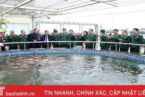 Đoàn sỹ quan cấp tướng tham quan dự án Formosa và NTM Hà Tĩnh