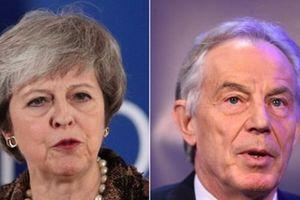 Brexit: Thủ tướng Anh xung đột với cựu thủ lĩnh Công đảng Tony Blair