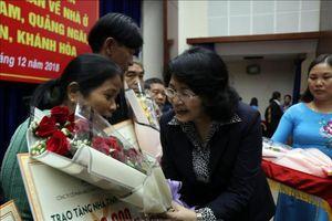 Hỗ trợ xây 500 nhà tình nghĩa cho các gia đình ở 5 tỉnh miền Trung