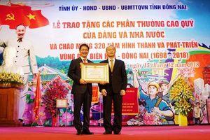 Chủ tịch hãng ô tô lớn nhất Việt Nam nhận Huân chương Lao động hạng Nhất