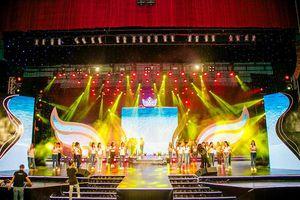 Đột nhập sân khấu hoành tráng chung kết Hoa khôi Sinh viên Việt Nam 2018