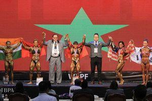 Tôn Hoàng Khánh Lan (Đồng Nai) giành HCV giải thể hình thế giới