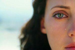 Nước mắt đàn bà