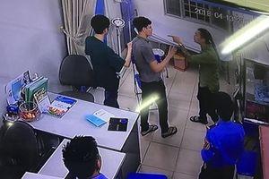 Bài 1: Khi những người thầy thuốc bị hành hung